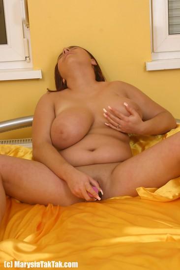 Marysia Taktak big boobs (15)