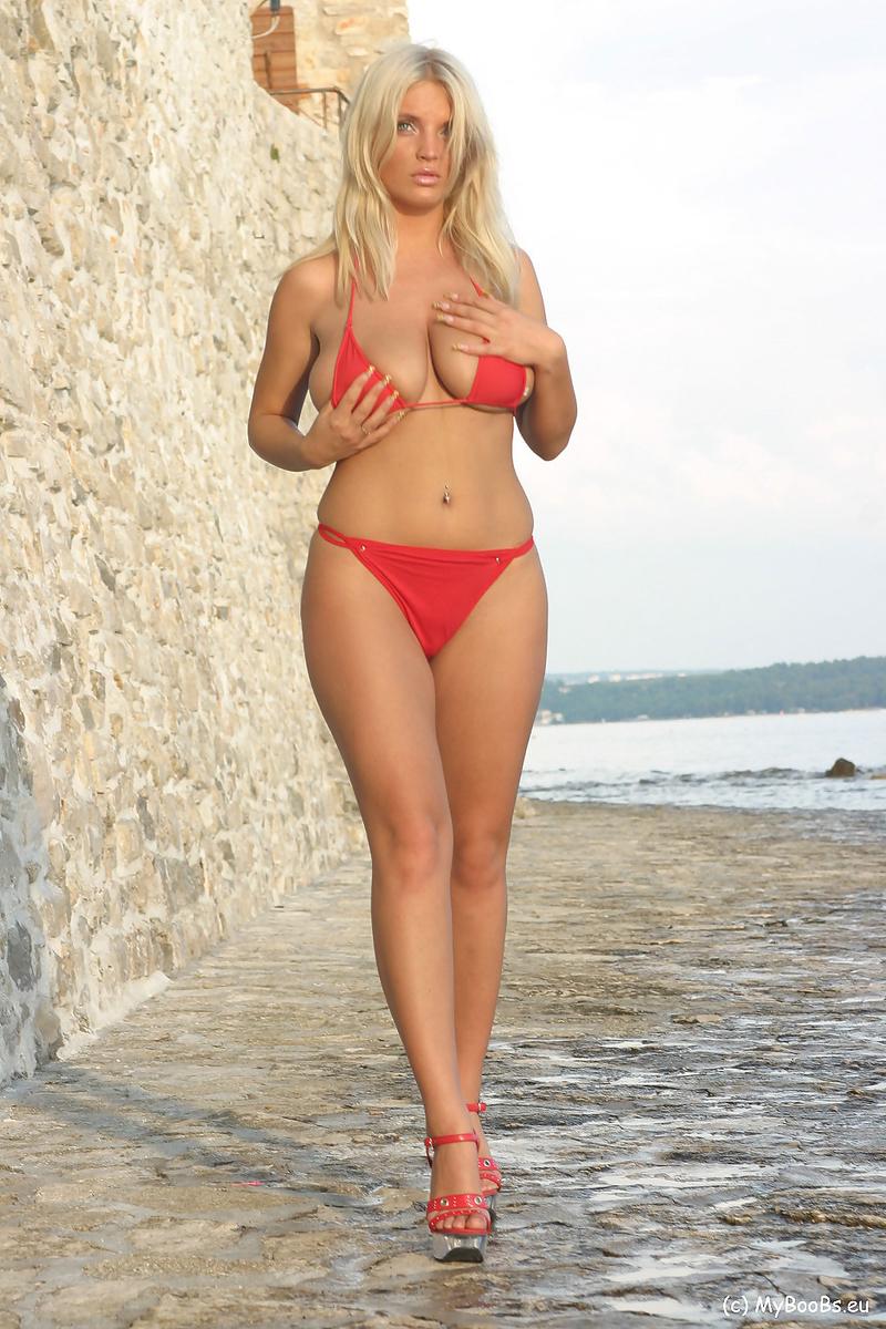 Ines Cudna Beach
