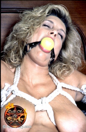 Busty wife takes the worlds largest dildo in her cougar twat (14)