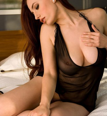PHOTO | 01 1 370x400 - BREASTACULAR! Titania Lyn is one GORGEOUS Redhead with Big Boobs!