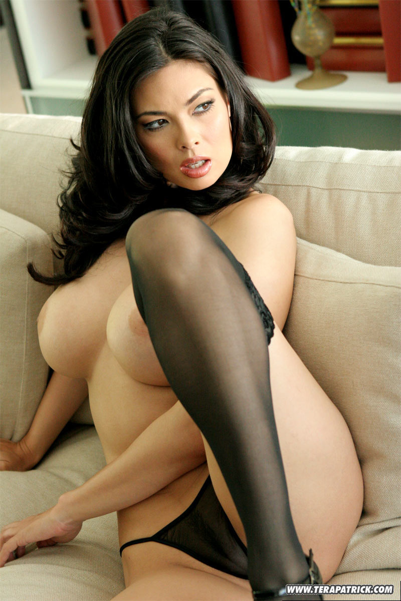 PHOTO | 02 5 - LEGENDARY Porn Star, Tera Patrick, RETURNS!