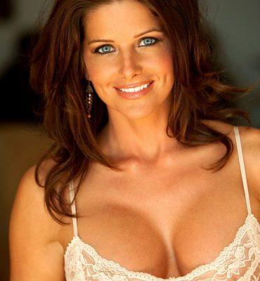 PHOTO | 00 2 370x400 - BLUE EYED BREATH-TAKER! Jessica Zelinske is Absolutely BEAUTIFUL!
