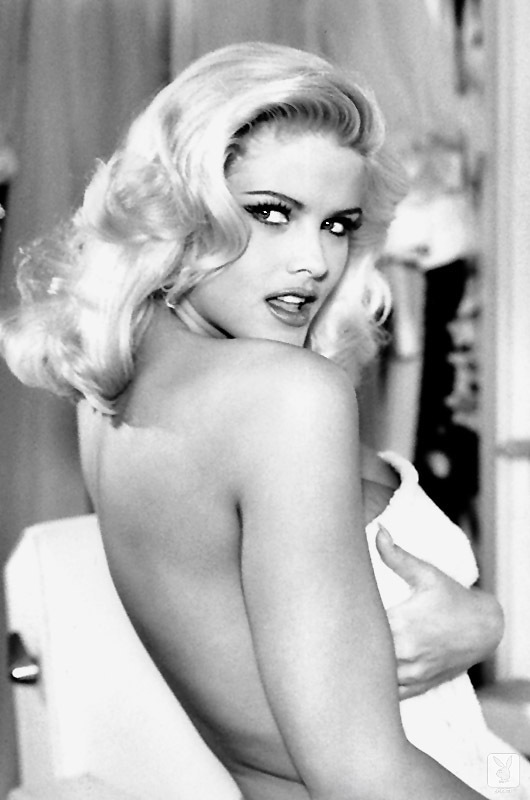 PHOTO | 10c254237 - LEGENDARY Playboy Model, Anna Nicole Smith, Bared All NUMEROUS Times!