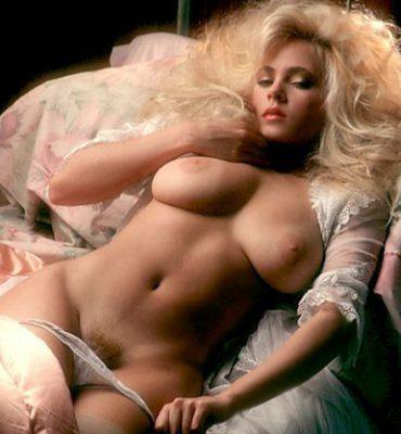 PHOTO | 6c254227 e1511332142563 370x400 - VINTAGE PLAYBOY STUNNER! Gwen Hajek's Stunning Body is a Pure Work of Art