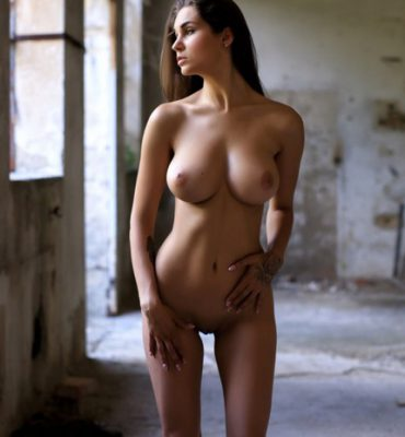 PHOTO | Beautiful Truth 10 e1511754744383 370x400 - Faith Reveals one of those Bodies that Are Simply a Work of Art