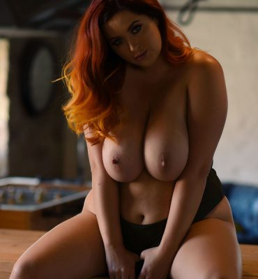 PHOTO | Lucy V 02 e1511751339584 370x400 - Redhead Beauty, Lucy V, Returns in this EROTIC Gallery
