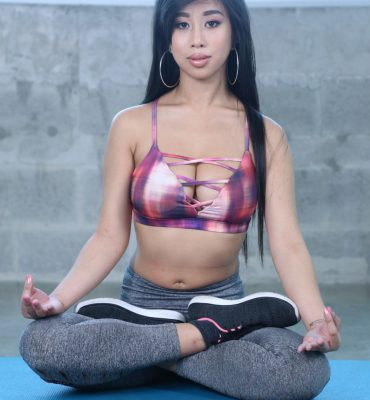Namaste! Jade Kush will Put your Peen in a Yogo Pose