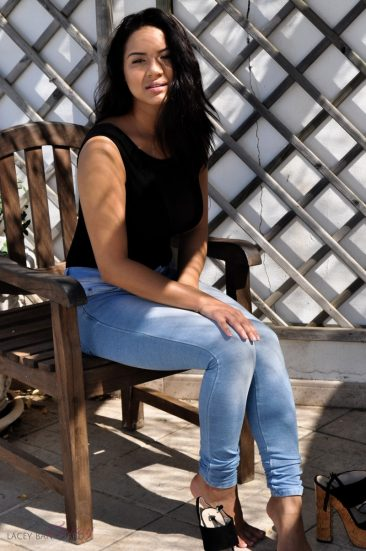 PHOTO | 04 14 366x551 - Lacey Banghard Blue Jeans
