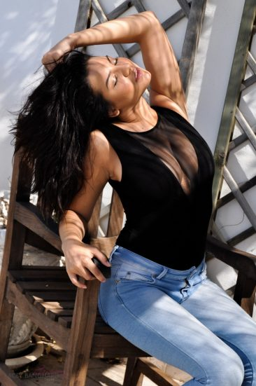 PHOTO | 05 14 366x551 - Lacey Banghard Blue Jeans