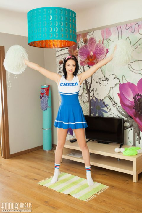 PHOTO | Nude Pics Of Teen Girls 00 480x720 - Nude Pics Of Teen Girls