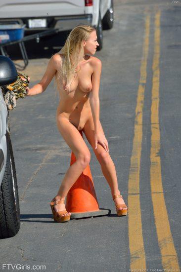 PHOTO   03 165 366x551 - Yummy Blonde Riley - Public Nudity