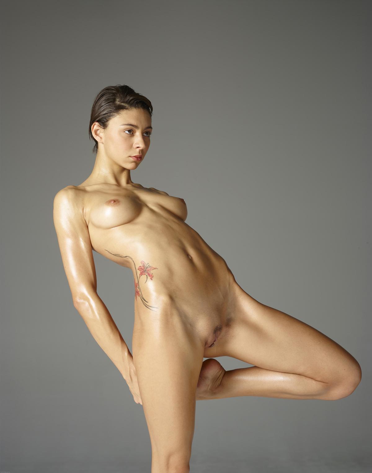 Erotic Beauty Photos And Pics
