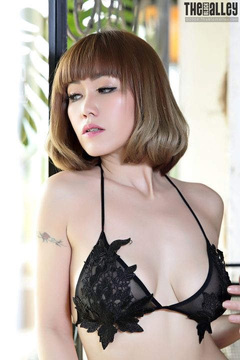 PHOTO   00 378 480x720 - Yuri - High Quality Asian Erotica