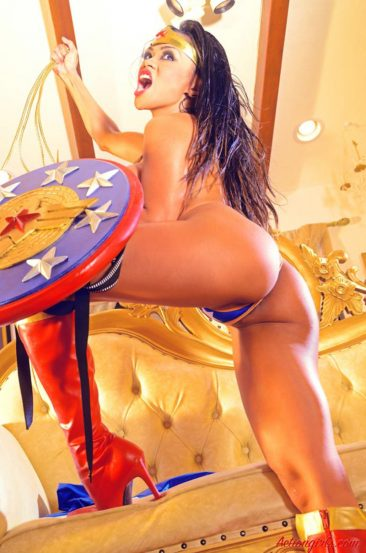 PHOTO | 02 314 366x553 - Cosplay Queen Armie Flores In A Sexy Wonder Woman Outfit