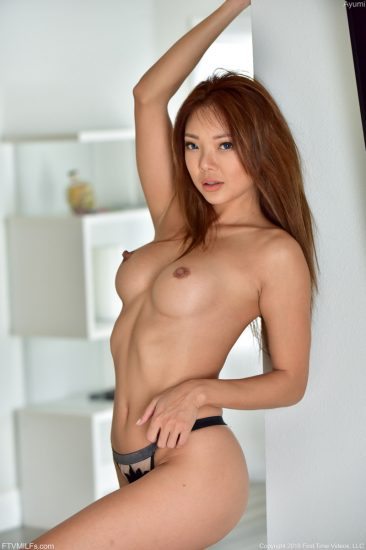PHOTO | Ayumi So Sexy In The Sun 03 366x550 - Ayumi - So Sexy In The Sun