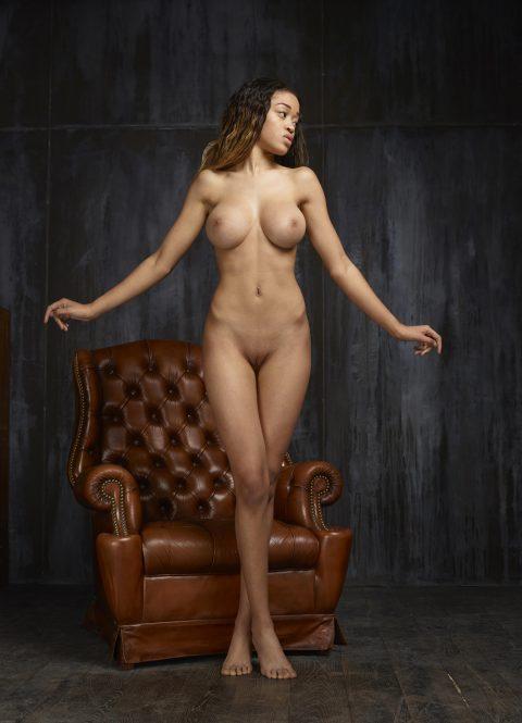 PHOTO   00 251 480x665 - Black Beauty Tyra Round Boobies