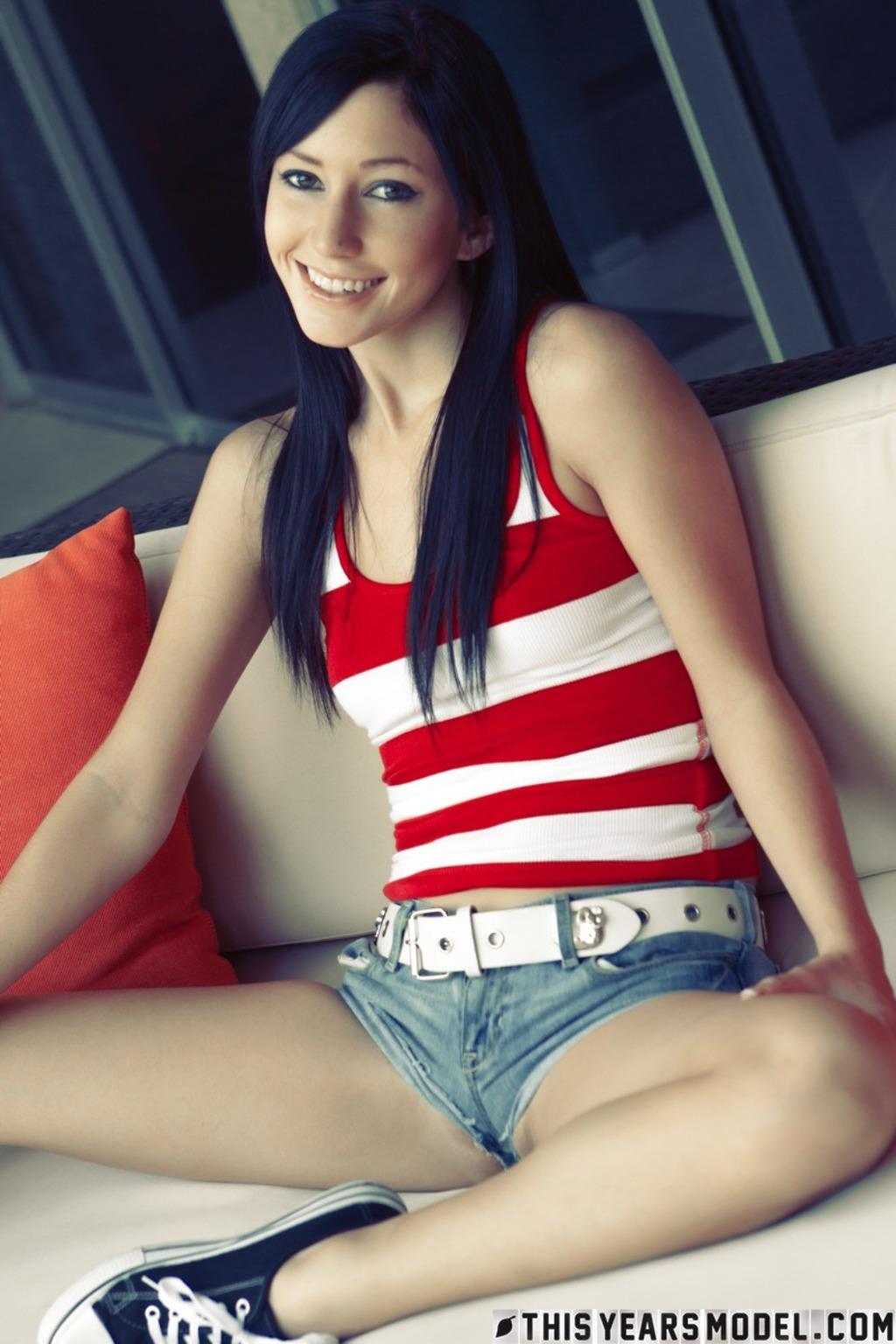PHOTO   Catie Minx 00 - Catie Minx In Hot And Sexy