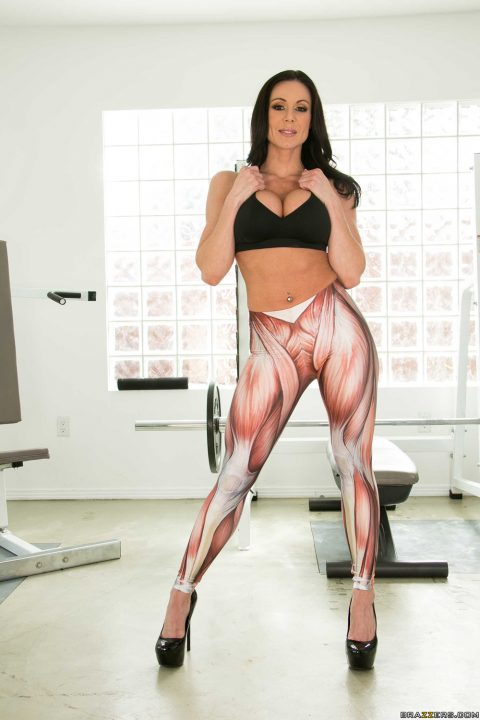 PHOTO | 00 100 480x720 - Kendra Lust Going Deep at the Gym
