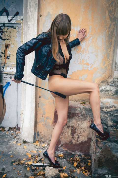 PHOTO | 00 84 480x720 - Natalie Russ - Whipped Black Leather