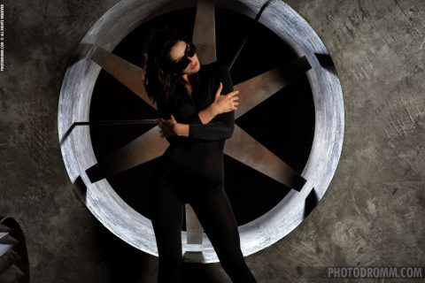 PHOTO | 00 71 480x320 - Nadine Wonder Girl