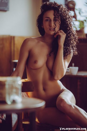 PHOTO | 01 60 366x549 - Curly Haired Cuties