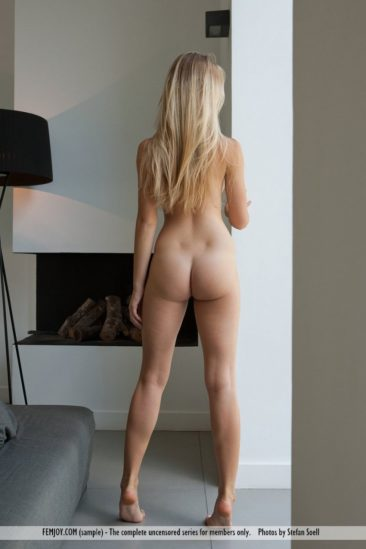 PHOTO | 08 62 366x549 - Hello Blonde How Are You