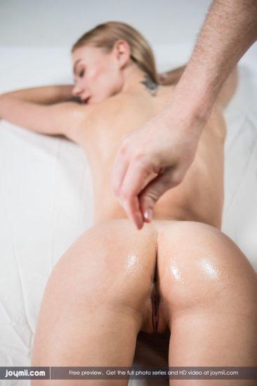 PHOTO | Jane F 01 366x549 - Jane F In Orgasmic Massage