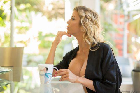PHOTO | 00 19 480x320 - Sexy Alexis Fawx