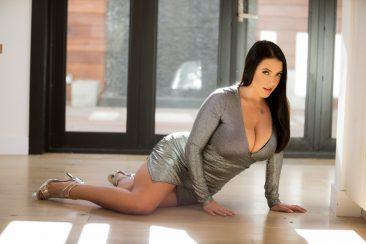 PHOTO | 01 13 366x244 - Dark-haired Angela White and long-legged Darcie Dolce