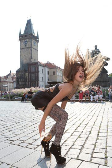 PHOTO   02 48 366x549 - Maria Ryabushkina Prague Streetgirl