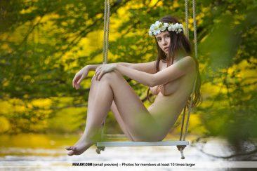 PHOTO   Alisa I 07 366x244 - Alisa I In Swing Me Softly