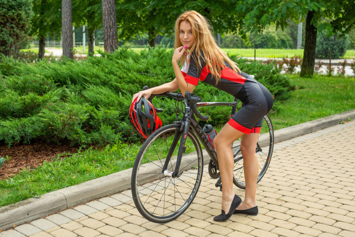 PHOTO | 00 138 - Hot Ukrainian Ingrid Biking Babe