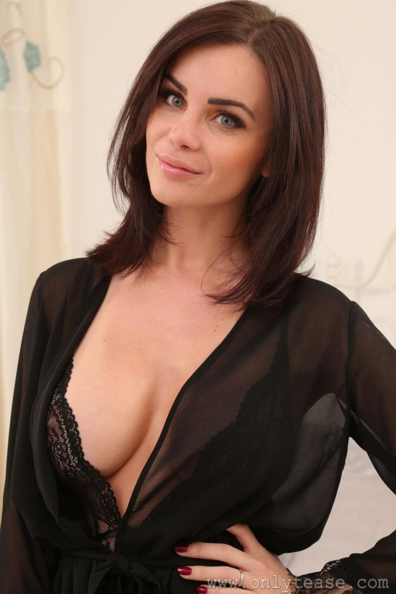 PHOTO   00 152 - Busty Emma Glover In Sheer Lingerie