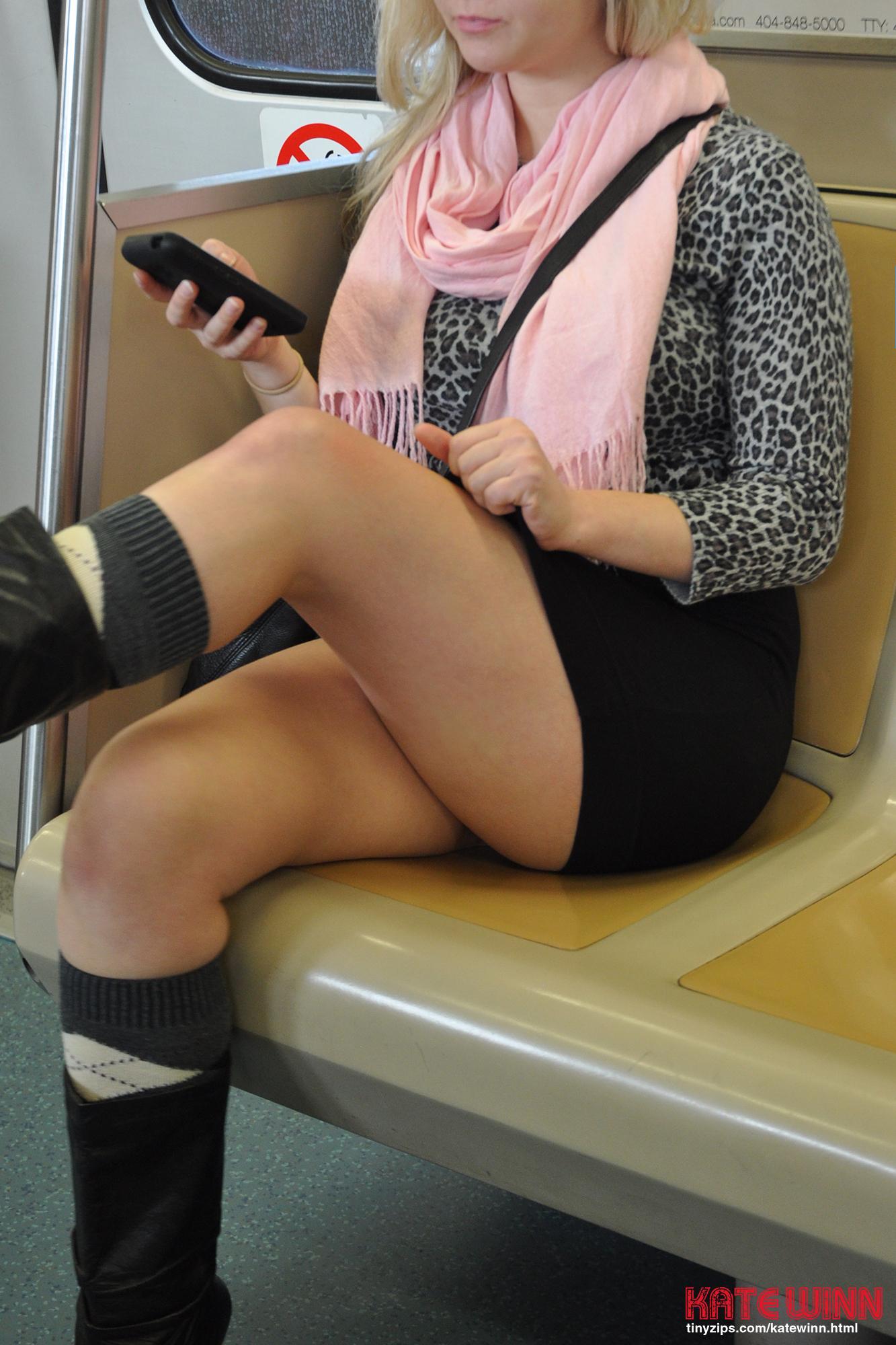 PHOTO | 1 10 - Kate Winn Public Pussy Nudes