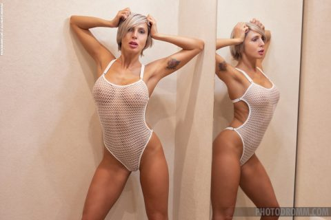 PHOTO | 00 443 480x320 - Busty Tatiana Dream in the Mirror