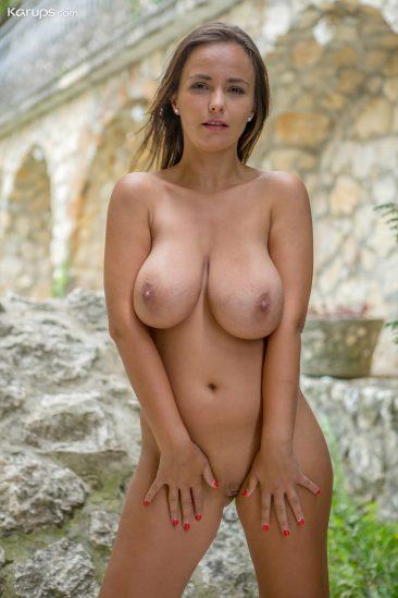 PHOTO | 11 127 366x549 - Big Natural Boobs Milf Stella Jones