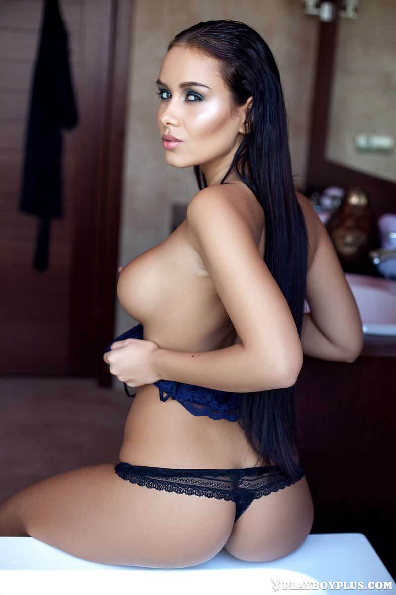 PHOTO | Naked Vivien 00 - Naked  Sexy Vivien