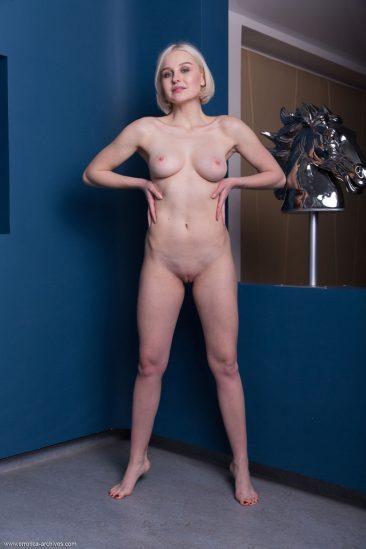 PHOTO   12 60 366x549 - Blonde Busty Natalie