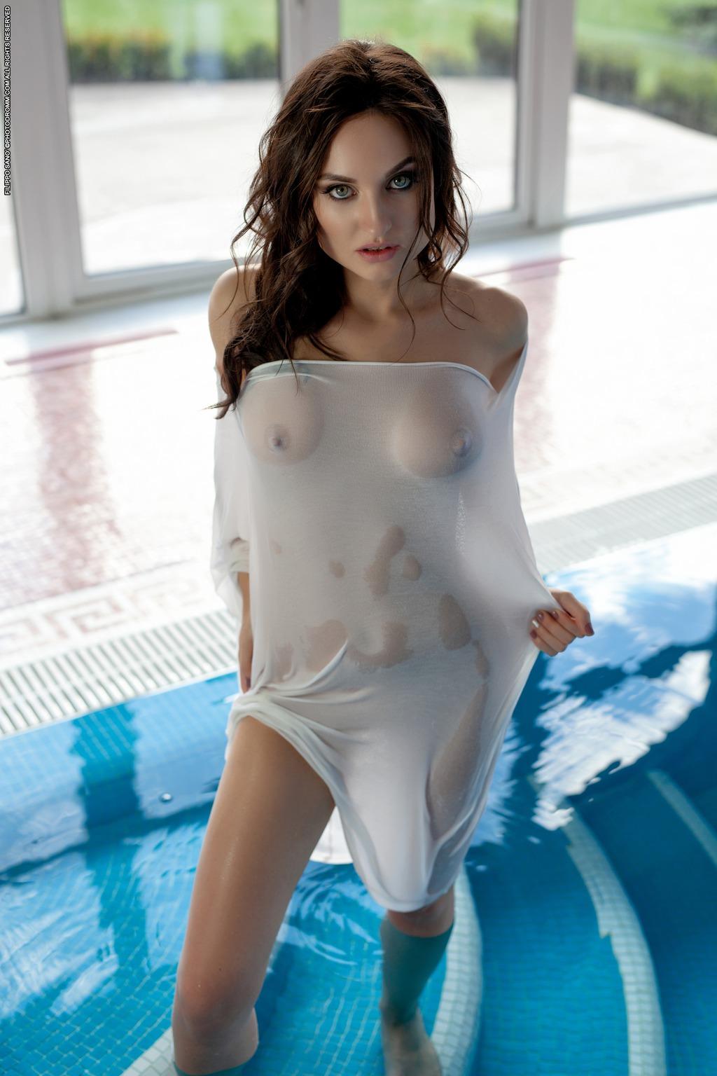 PHOTO | Melanie 00 - Melanie In The Shape Of Water