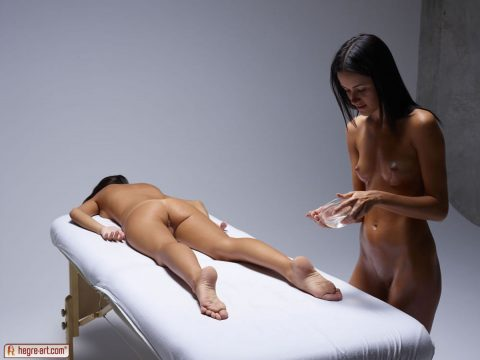 PHOTO | 00 19 480x360 - Gloria Massaging Nicole with Oil