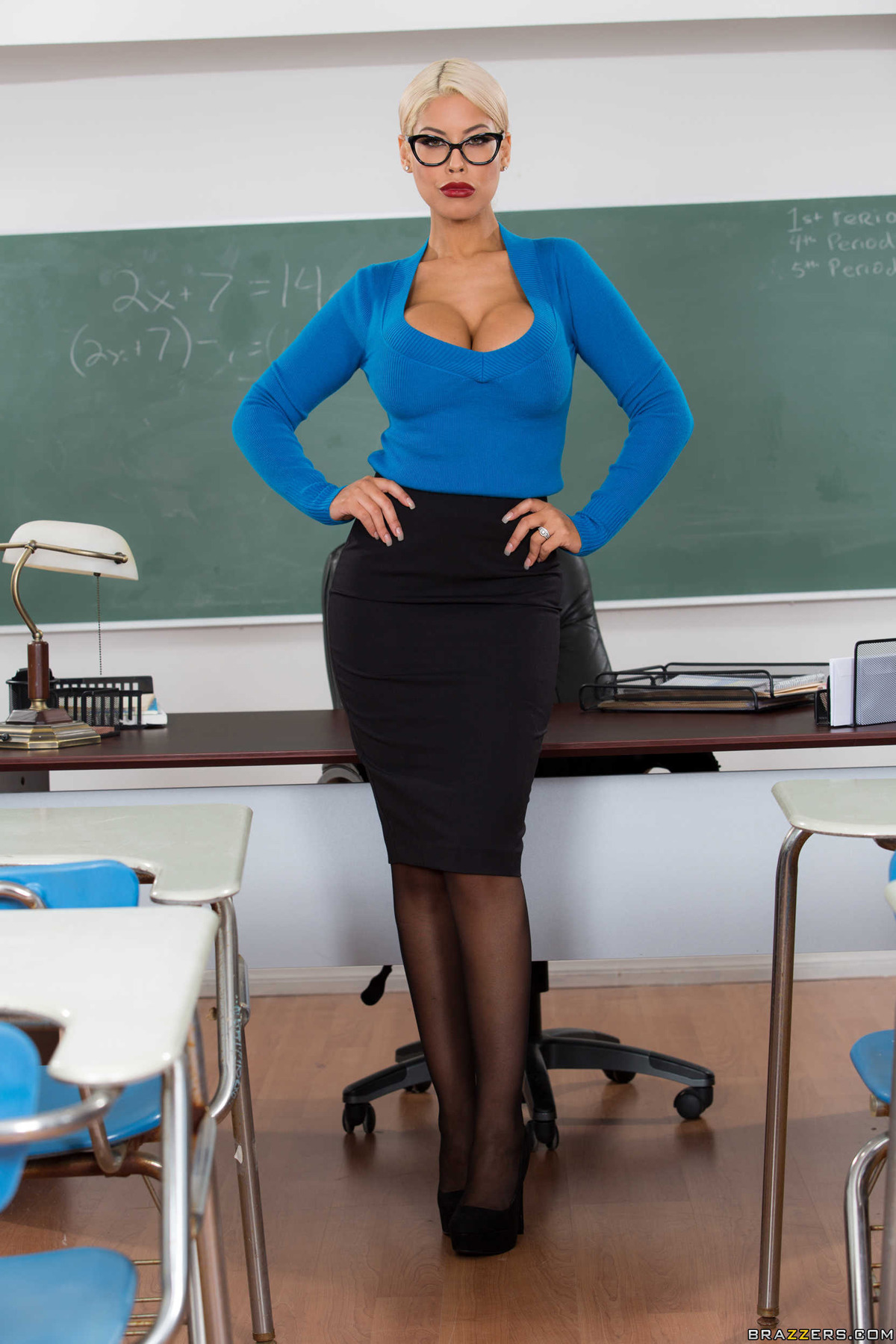 PHOTO   00 116 - Teacher Bridgette B Distracting Boobs