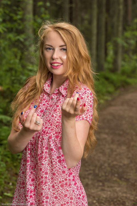 PHOTO | 00 176 480x719 - Helene In The Forest