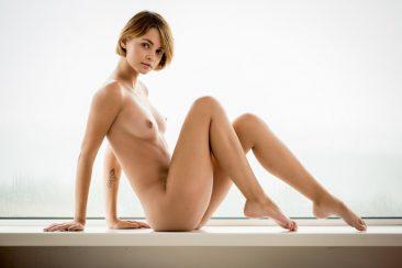 PHOTO   00 78 366x244 - Barefoot Babes Vol 3