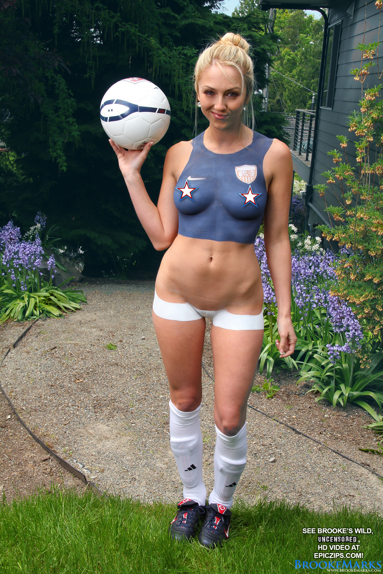PHOTO | 1 7 - Brooke Marks World Cup Body Paint
