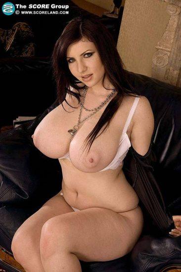 PHOTO | 10 75 366x549 - Karina Hart black