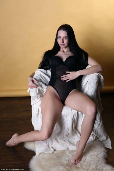 PHOTO | 00 112 480x720 - Hot Veronica Snezna