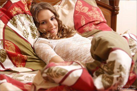 PHOTO | 00 181 480x320 - Tianna in Bedroom