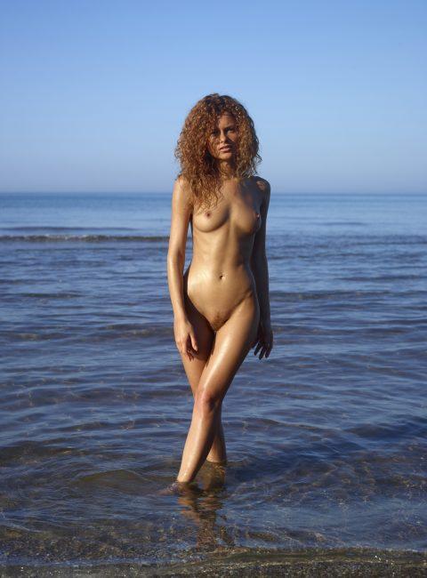 PHOTO | 00 22 480x650 - Curly Redhead Julia Sunrise by Sea