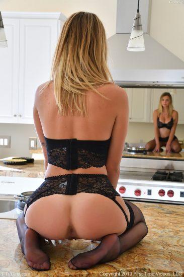 PHOTO | 06 267 366x550 - Sexy Black Lingerie