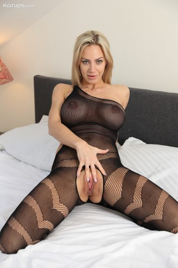PHOTO   07 189 366x549 - Nathaly Cherie in Body Stocking